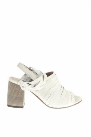 Sandály  LDTuttle, Veľkosť 37, Farba Sivá, Pravá koža , Cena  111,67€