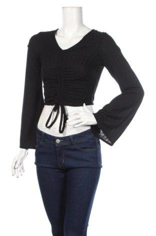 Дамска блуза Boohoo, Размер XS, Цвят Черен, 95% полиестер, 5% еластан, Цена 31,68лв.