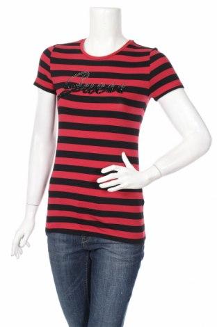 Дамска тениска Guess, Размер S, Цвят Черен, 95% памук, 5% еластан, Цена 84,51лв.