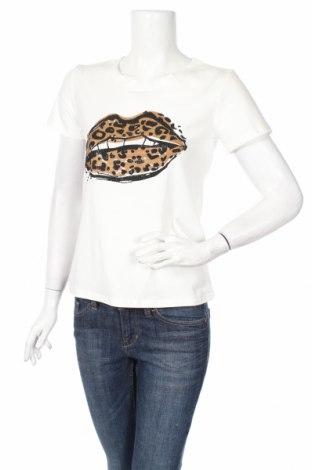 Γυναικείο t-shirt Qed London, Μέγεθος S, Χρώμα Λευκό, 95% βαμβάκι, 5% ελαστάνη, Τιμή 21,00€