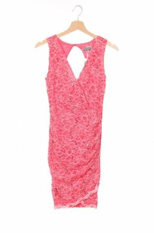 Рокля Lipsy London, Размер XS, Цвят Розов, 67% полиамид, 31% полиестер, 2% еластан, Цена 17,64лв.