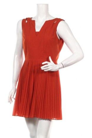 Рокля Sisley, Размер S, Цвят Червен, Цена 23,52лв.