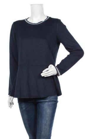 Дамска блуза Essentials by Tchibo, Размер L, Цвят Син, 52% вискоза, 45% полиестер, 3% еластан, Цена 19,32лв.