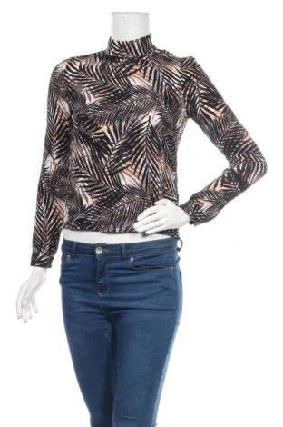 Дамска блуза Soaked In Luxury, Размер XS, Цвят Многоцветен, Вискоза, Цена 20,95лв.