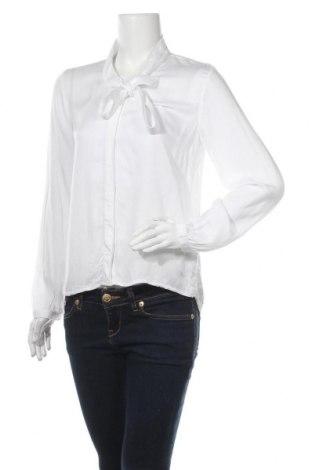 Дамска риза Betty & Co, Размер S, Цвят Бял, Вискоза, Цена 18,90лв.