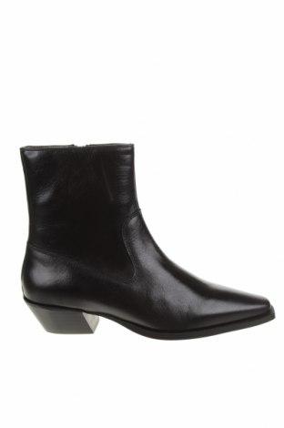 Дамски боти Zign, Размер 40, Цвят Черен, Естествена кожа, Цена 149,00лв.