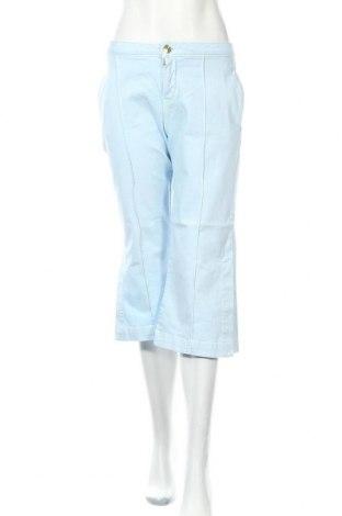 Дамски дънки TWINSET, Размер M, Цвят Син, 98% памук, 2% еластан, Цена 19,30лв.