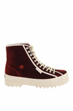 Дамски обувки Superga, Размер 40, Цвят Червен, Текстил, Цена 71,44лв.