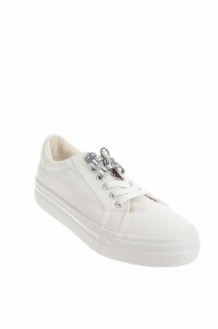 Дамски обувки Tamaris, Размер 40, Цвят Бял, Текстил, Цена 36,14лв.