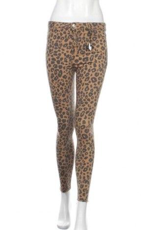 Дамски панталон Bershka, Размер S, Цвят Кафяв, 64% памук, 33% полиестер, 3% еластан, Цена 12,13лв.