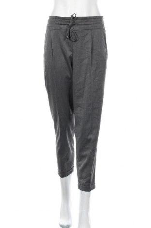 Дамски панталон Betty & Co, Размер L, Цвят Сив, 72% полиестер, 25% вискоза, 3% еластан, Цена 41,90лв.