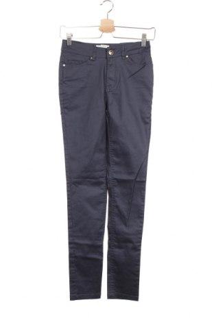 Дамски панталон Cortefiel, Размер S, Цвят Син, 66% памук, 30% полиестер, 4% еластан, Цена 18,67лв.