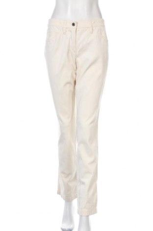 Дамски панталон Marc Cain, Размер M, Цвят Екрю, 99% памук, 1% еластан, Цена 30,24лв.