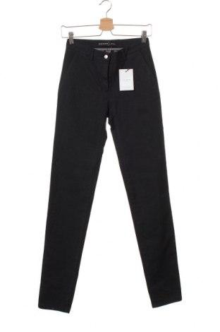 Дамски панталон Selfnation, Размер XS, Цвят Син, 98% памук, 2% еластан, Цена 8,72лв.