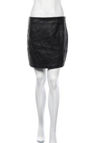Кожена пола Bardot, Размер L, Цвят Черен, Еко кожа, Цена 7,16лв.
