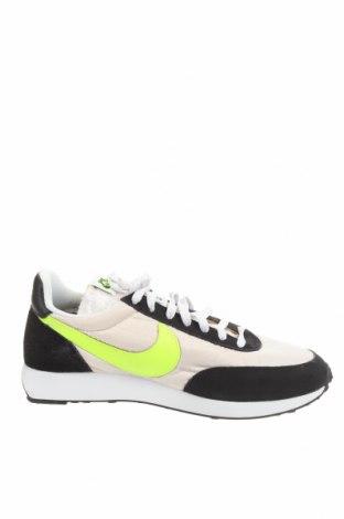 Мъжки обувки Nike, Размер 44, Цвят Екрю, Текстил, естествен велур, Цена 126,75лв.