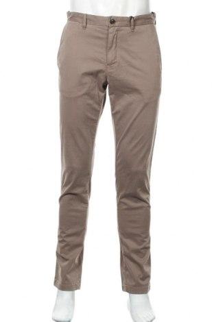 Ανδρικό παντελόνι Tommy Hilfiger, Μέγεθος M, Χρώμα Καφέ, 98% βαμβάκι, 2% ελαστάνη, Τιμή 22,41€