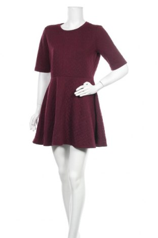 Рокля Miss Shop, Размер L, Цвят Червен, 97% полиестер, 3% еластан, Цена 43,73лв.