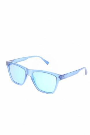 Ochelari de soare Hawkers, Culoare Albastru, Preț 196,05 Lei
