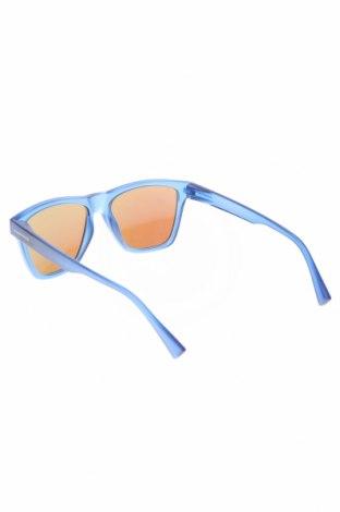 Слънчеви очила Hawkers, Цвят Син, Цена 111,75лв.