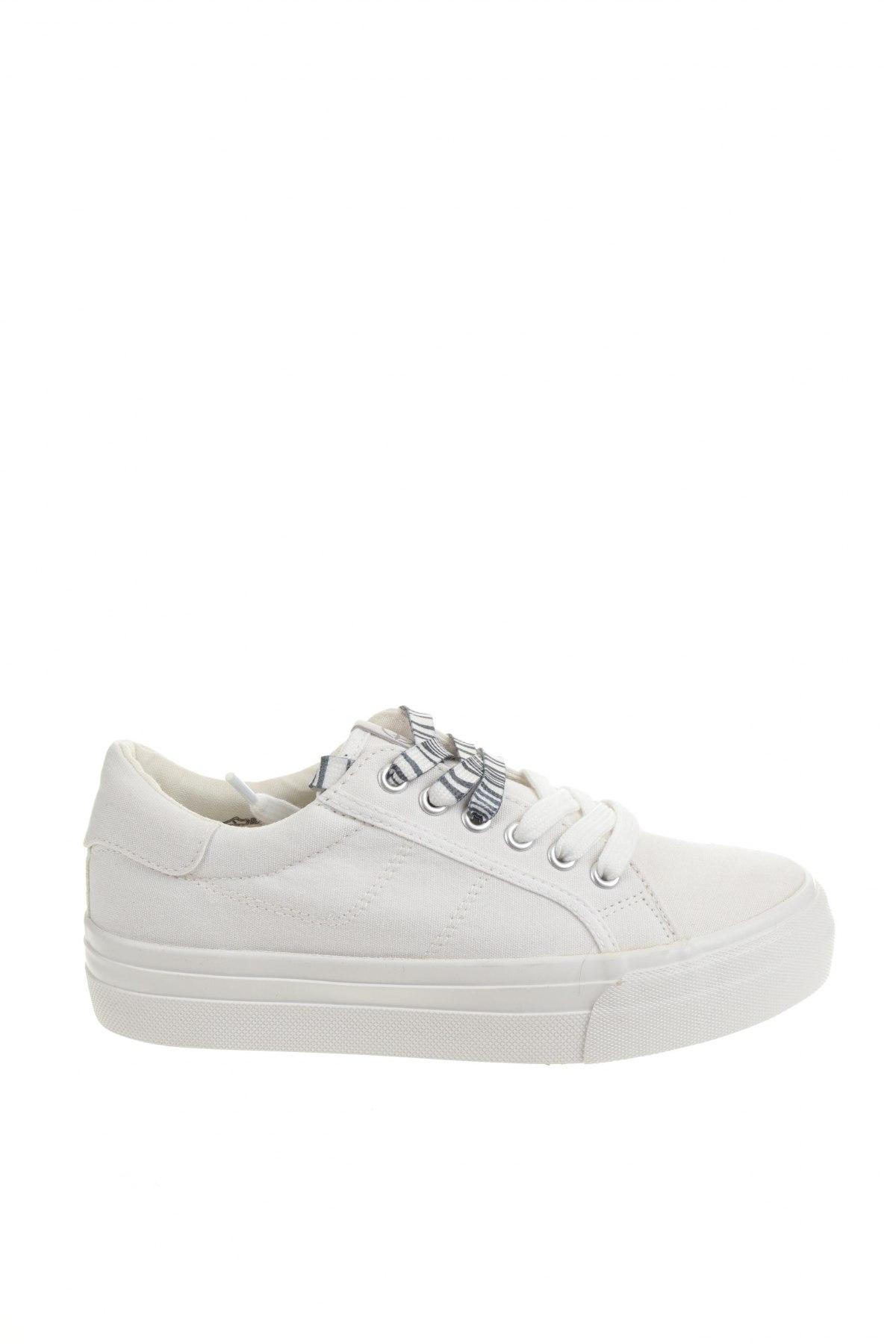 Дамски обувки Tamaris, Размер 36, Цвят Бял, Текстил, Цена 36,14лв.