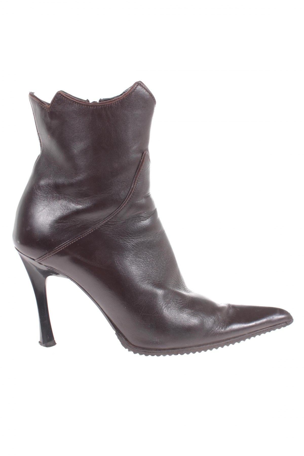 1b8b219330cd Dámské topánky Fiorangelo - za výhodnú cenu na Remix -  101775456