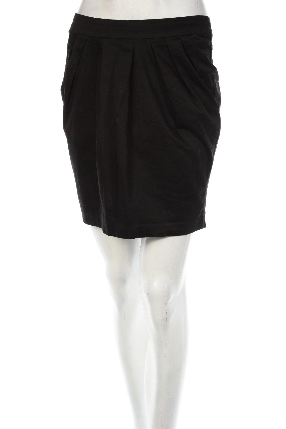 Пола Amisu, Размер S, Цвят Черен, Цена 4,80лв.