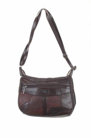 Γυναικεία τσάντα Dennis Parrot, Χρώμα Καφέ, Δερματίνη, Τιμή 9,87€