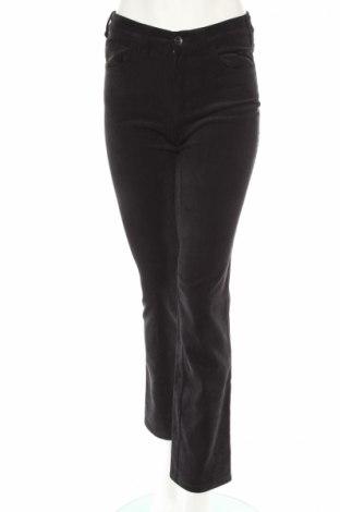 Dámské džínsy  Armani Jeans