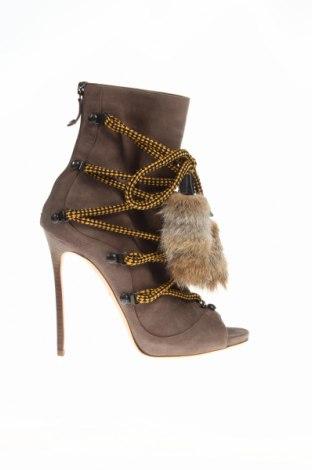 Γυναικεία παπούτσια Dsquared2