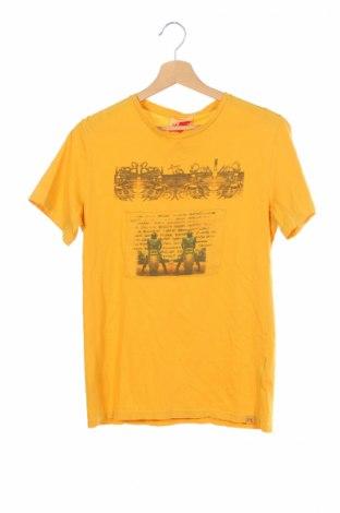 Детска тениска Myths, Размер 15-18y/ 170-176 см, Цвят Жълт, 100% памук, Цена 18,90лв.