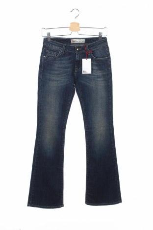 Детски дънки Roy Roger's, Размер 15-18y/ 170-176 см, Цвят Син, 99% памук, 1% еластан, Цена 25,35лв.