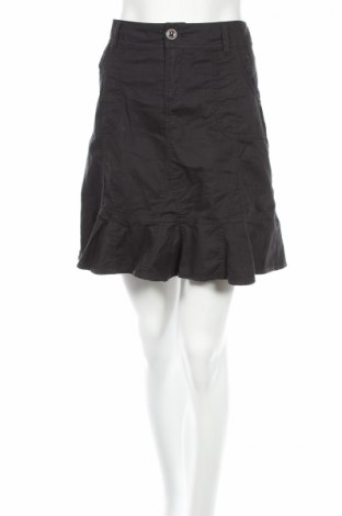 Пола Designer S, Размер M, Цвят Черен, Цена 5,46лв.