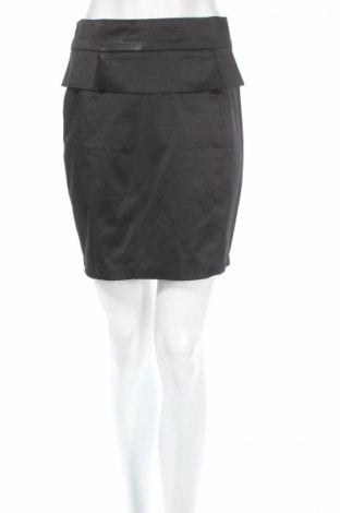 Пола Tout Feu Tout Femme, Размер S, Цвят Черен, 49% полиестер, 48% памук, 3% еластан, Цена 6,40лв.