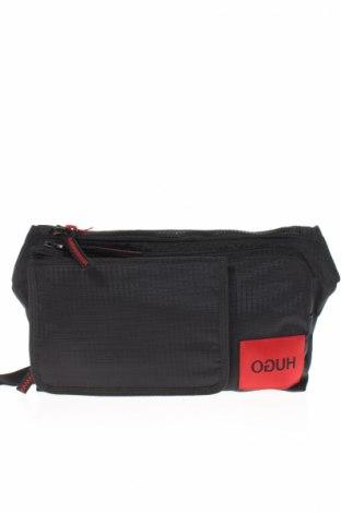 Чанта за кръст Hugo Boss, Цвят Черен, Текстил, Цена 189,00лв.