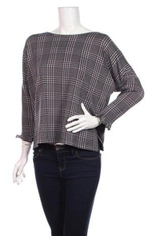 Дамска блуза Calliope, Размер M, Цвят Сив, 96% полиестер, 4% еластан, Цена 14,41лв.