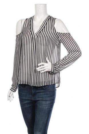 Дамска блуза Gina Tricot, Размер S, Цвят Черен, 100% полиестер, Цена 18,90лв.