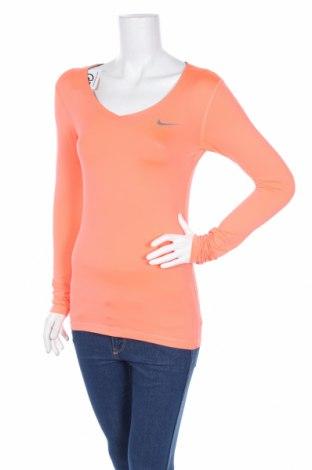 Γυναικεία αθλητική μπλούζα Nike, Μέγεθος S, Χρώμα Ρόζ , Τιμή 21,64€
