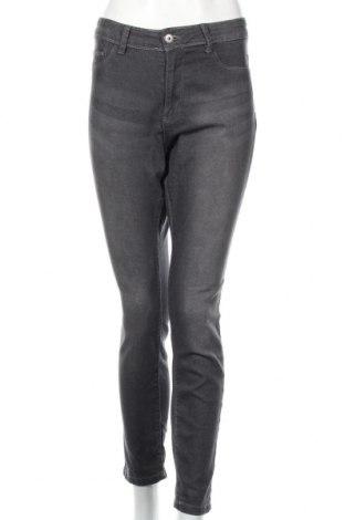 Damskie jeansy Janina, Rozmiar XL, Kolor Szary, 75% bawełna, 23% poliester, 2% elastyna, Cena 45,00zł