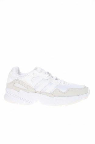 Дамски обувки Adidas Originals, Размер 38, Цвят Бял, Еко кожа, текстил, Цена 114,92лв.