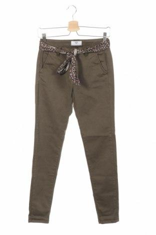 Дамски панталон Le Temps Des Cerises, Размер XS, Цвят Зелен, 98% памук, 2% еластан, Цена 44,50лв.