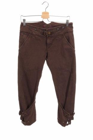 Дамски панталон Replay, Размер S, Цвят Кафяв, 98% памук, 2% еластан, Цена 9,58лв.