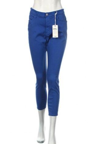 Dámske nohavice Wrangler, Veľkosť M, Farba Modrá, 64% bavlna, 34% polyester, 2% elastan, Cena  33,03€
