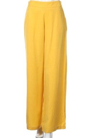 Pantaloni de femei Zara Trafaluc, Mărime M, Culoare Galben, 100% lyocell, Preț 107,58 Lei
