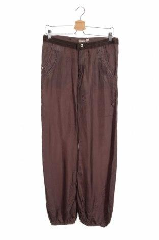 Детски панталон Diesel, Размер 15-18y/ 170-176 см, Цвят Кафяв, Вискоза, Цена 128,63лв.