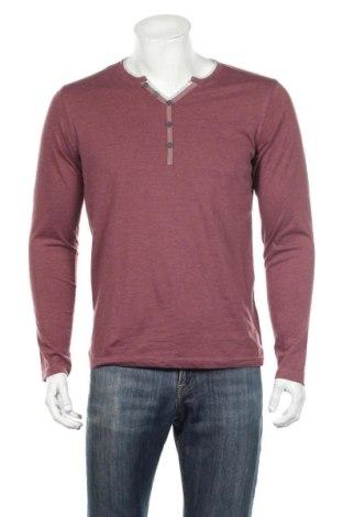 Ανδρική μπλούζα U Essentiel, Μέγεθος M, Χρώμα Κόκκινο, 60% βαμβάκι, 40% πολυεστέρας, Τιμή 9,55€