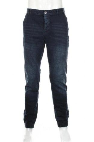 Мъжки дънки Guess, Размер L, Цвят Син, 99% памук, 1% еластан, Цена 44,89лв.