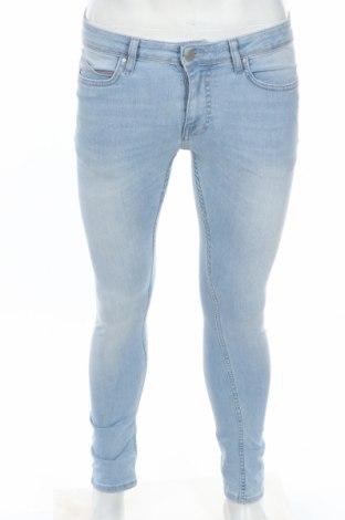 Мъжки дънки Topman, Размер S, Цвят Син, 83% памук, 15% полиестер, 2% еластан, Цена 27,78лв.