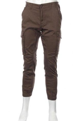 Мъжки панталон Jack & Jones, Размер M, Цвят Зелен, 98% памук, 2% еластан, Цена 39,50лв.