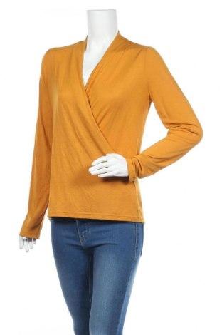 Γυναικεία μπλούζα Banana Republic, Μέγεθος M, Χρώμα Κίτρινο, 67% μοντάλ, 29% πολυεστέρας, 4% ελαστάνη, Τιμή 13,64€